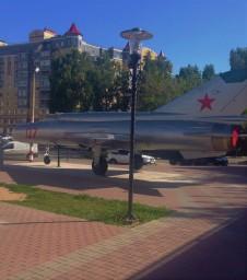 Советский истребитель в центре Бора